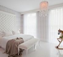Besorgen Sie sich blickdichte Vorhänge in Weiß für Ihr Schlafzimmer