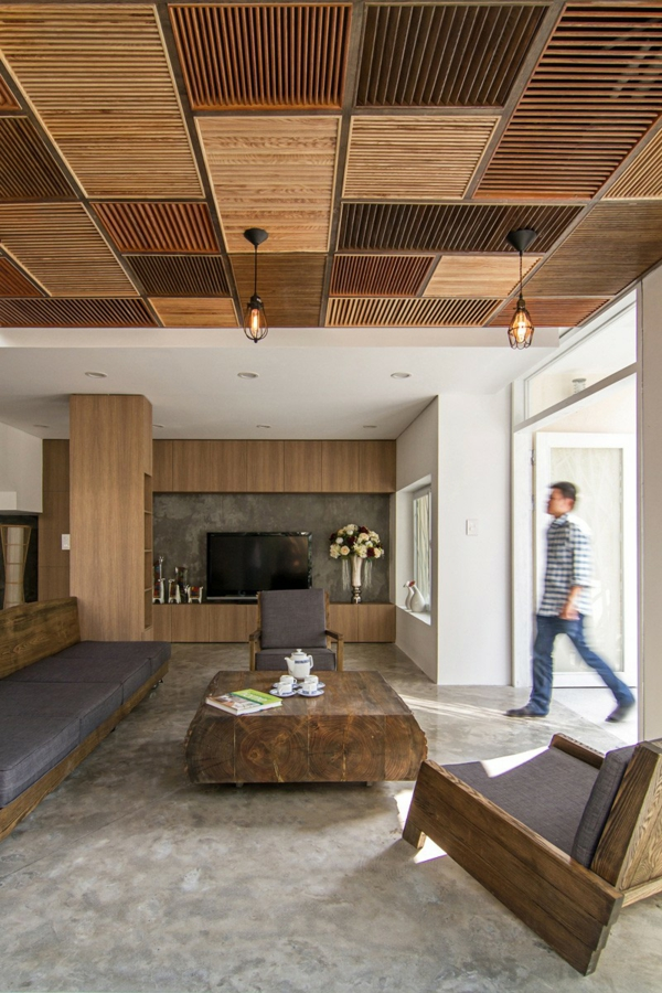 deckengestaltung AHL architects hölzerne jalousien rustikaler holztisch
