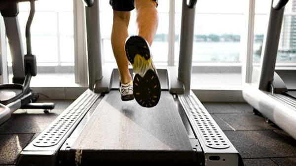 diätplan zum abnehmen erfolgreich trainieren kalorien joggen fitness studio