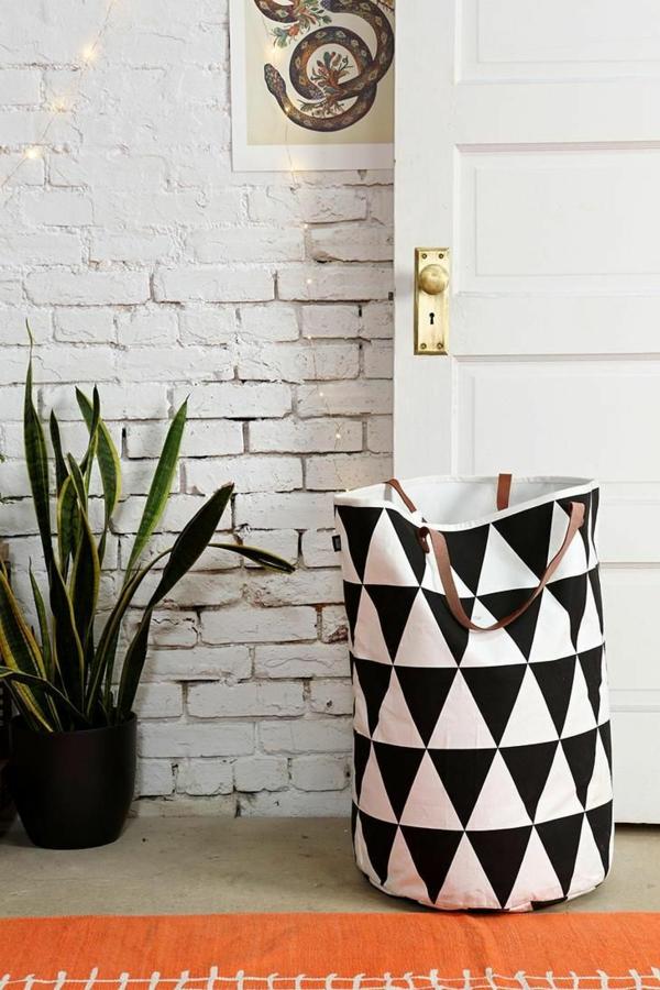 diy projekte wäschesack aus stoff selber nähen schwarz weiß waschküche einrichten