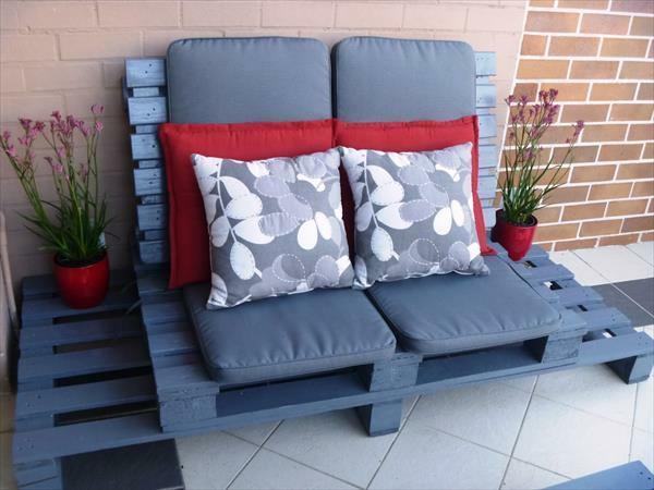 holzpalette gartenmöbel sofa blau