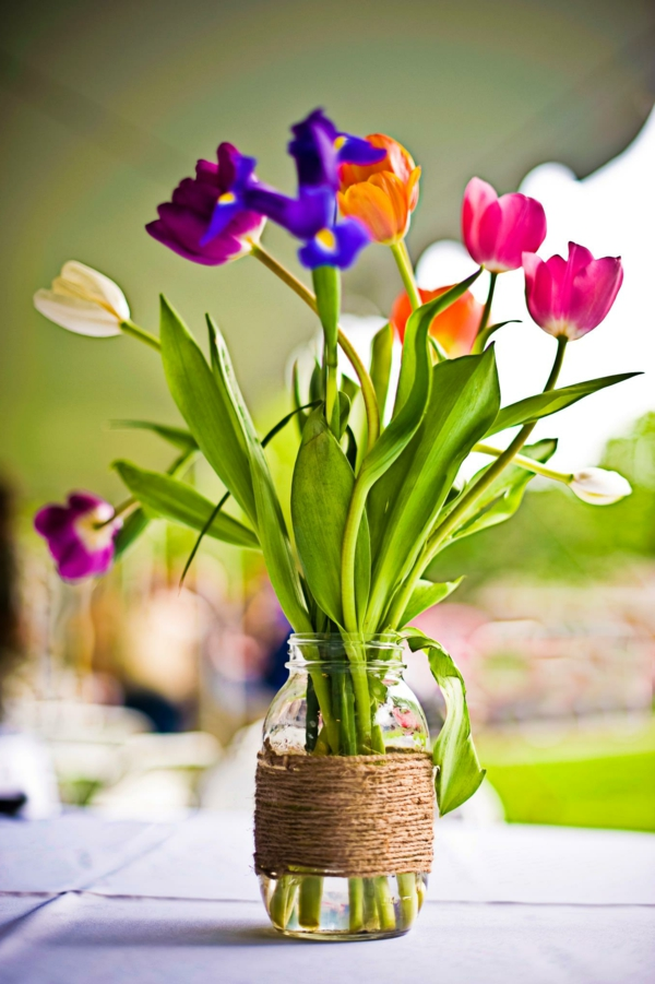 frühlingsblumen basteln tulpen tischdeko frühling
