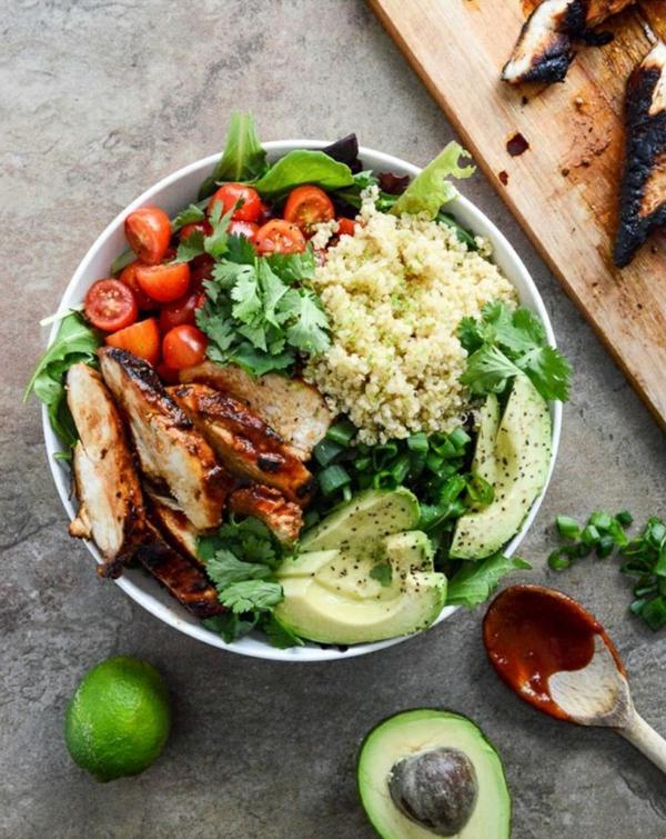 frühlingsrezepte frühlingssalat mit hähnchen