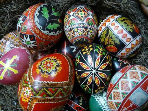 frohe ostern europäische traditionen ukrainische ostereier