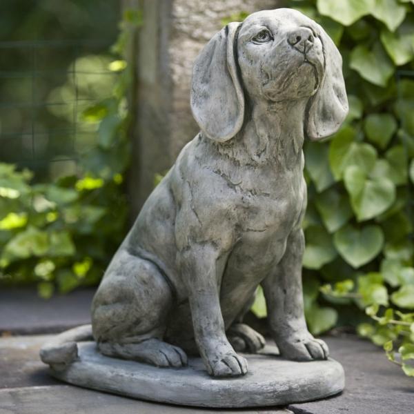 garten gestalten hund statue gartendeko