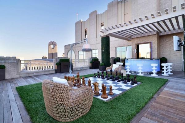 gartengestaltung beispiele sessel schach spielen