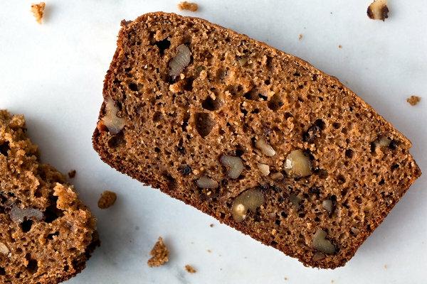 gesundes brot vollkornbrot oder roggenbrot essen