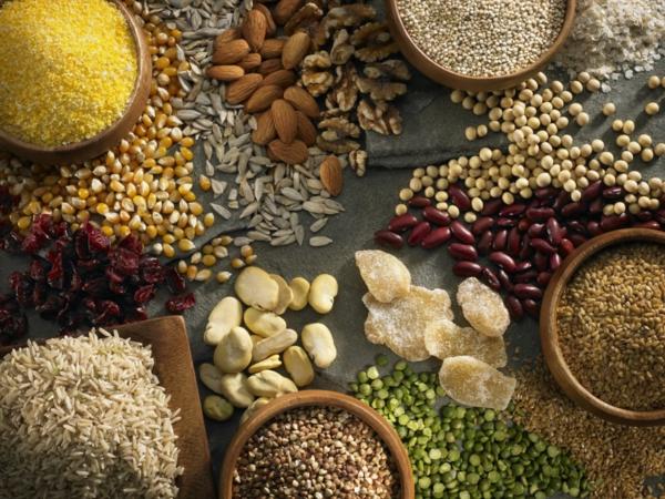 glutenfreies getreide bohnen nüsse
