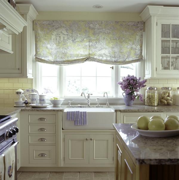 küche fenster dekorieren raffrollo kücheninsel