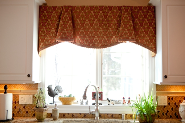 küche gardinen kurz elegant dekoartikel fensterbank