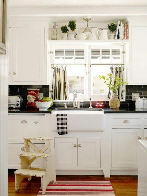 küche gardinen kurz teppichläufer streifen
