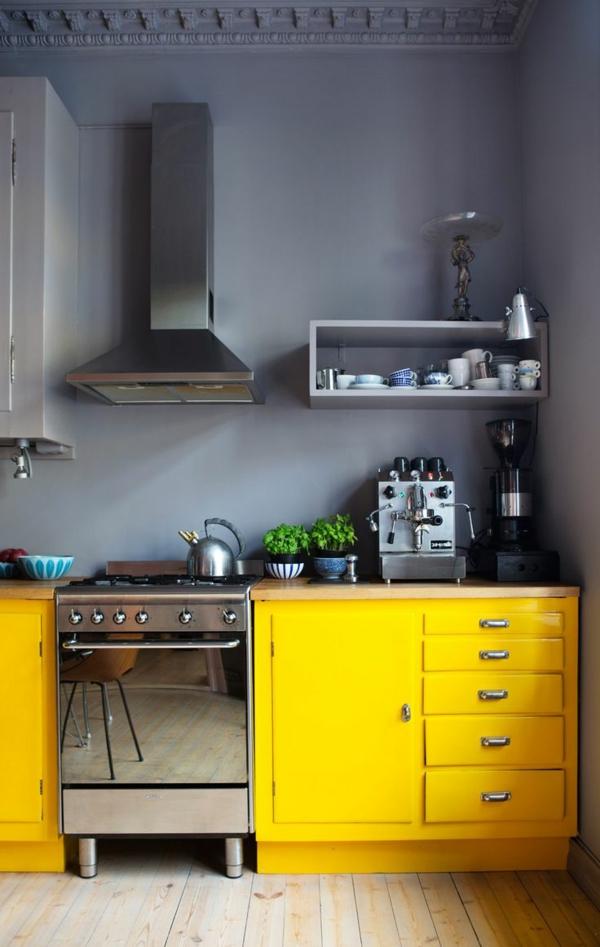 küche gestalten gelbe küchenschränke hellgraue wand