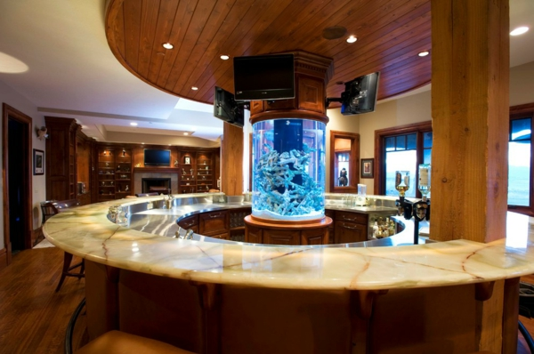 küchendesign runde bartheke aquarium deckenbeleuchtung