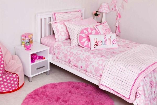 kinderzimmer dekorieren mädchenzimmer rosa tepich