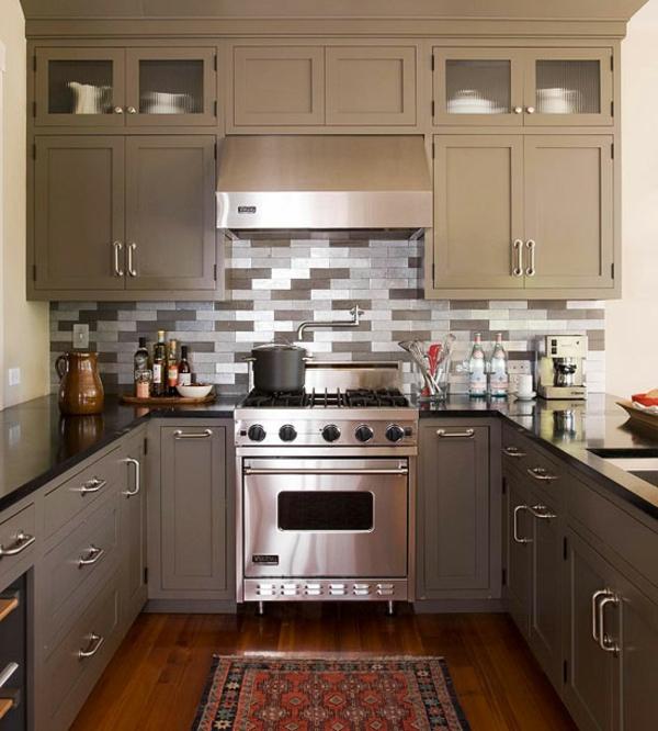 kleine küche einrichten einrichtungstipps küchenfronten beige ...