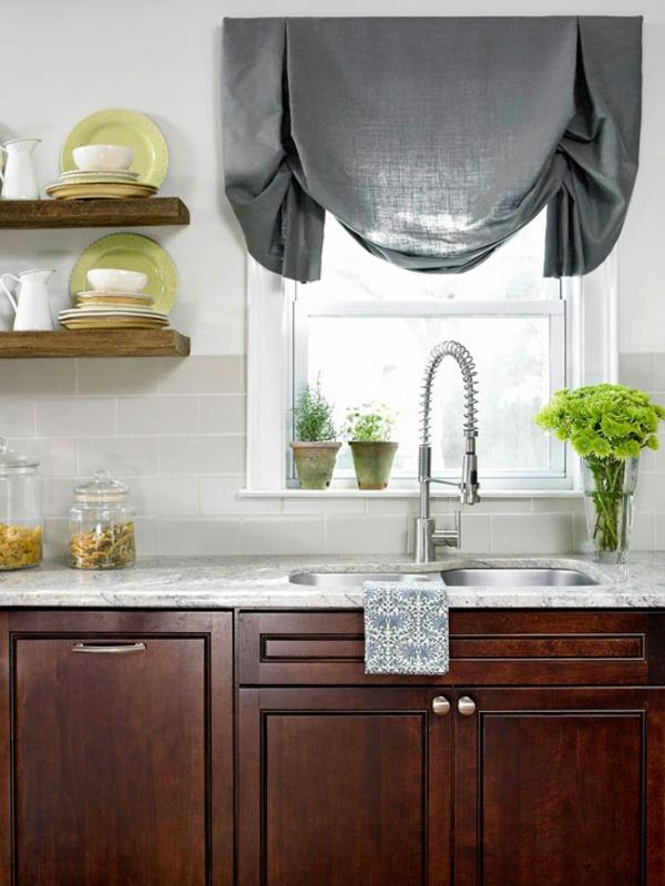 kleine küche einrichten einrichtungstipps küchengardinen armatur