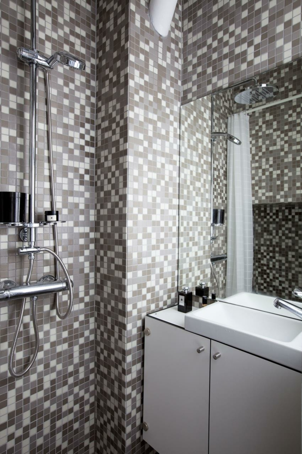 kleines apartment einrichten badezimmer mosaik wandfliesen