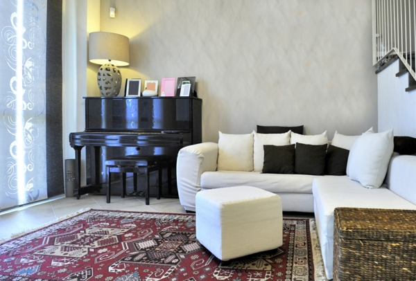 kleine wohnungen einrichten wohnzimmer weißes ecksofa