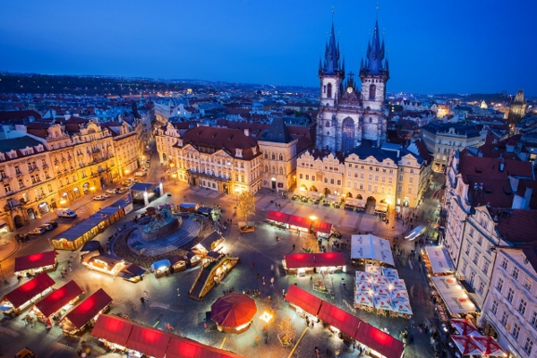 kurzurlaub ostern reise und urlaub osterurlaub Osterbrunnen in der Fränkischen Schweiz – eine alte, farbige Tradition