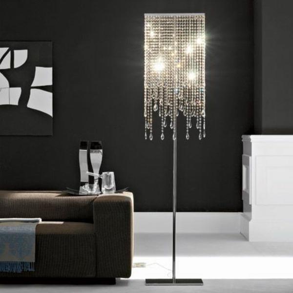 Lampenschirm stehlampe eine wertvolle deko f rs interieur - Stehlampe kronleuchter ...