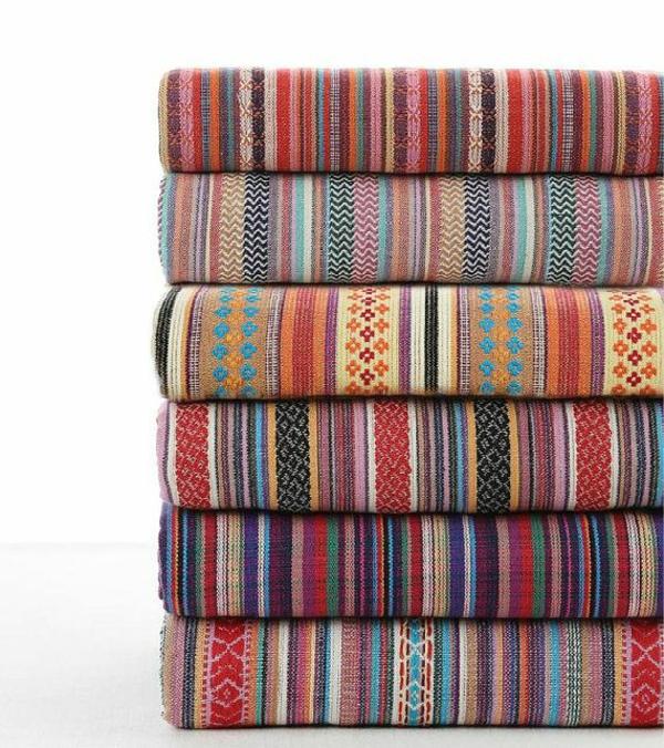 möbelstoffe farbige dessins kunterbunt polstersesel beziehen alte möbel restaurieren