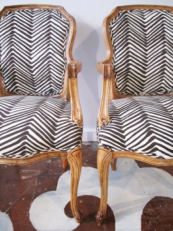 möbelstoffe schwarz weiß muster polstersesel alte möbel restaurieren