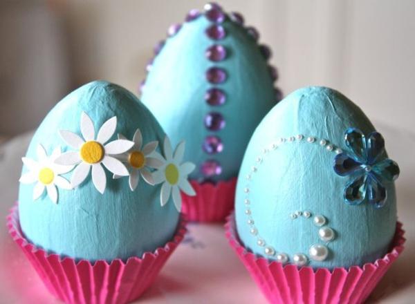 Bastelideen ostern machen die festliche stimmung noch - Eier dekorieren ...