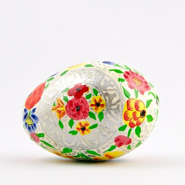 ostereier bemalen farbig florale elemente
