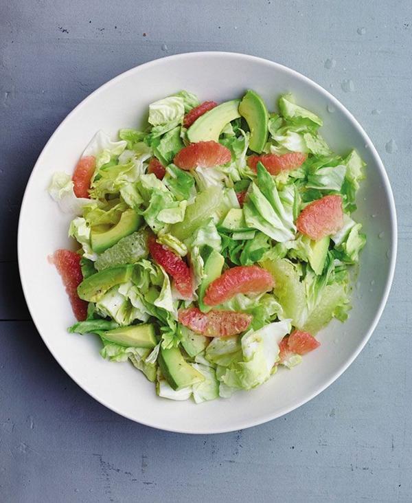 ostermenü-ostereier-als-vorspeise-osterrezepte-frühlingssalat-avocado-grapefruit