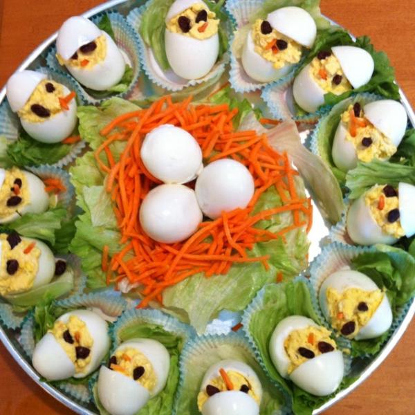 ostermenü-ostereier-als-vorspeise-osterrezepte-salat