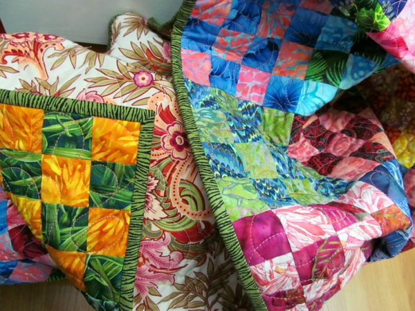 patchwork stoff schöne decke schlafzimmer