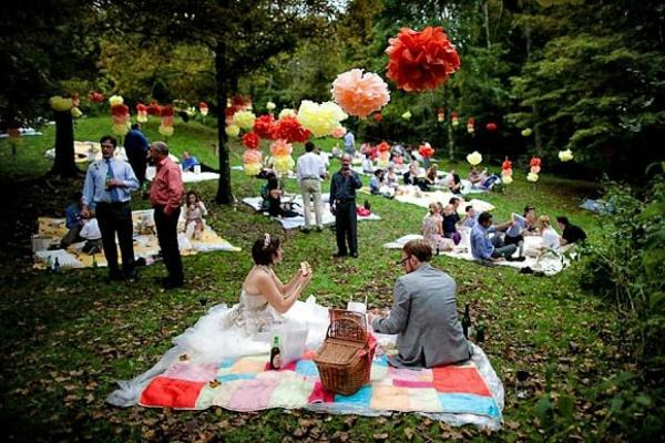 picknickdecke farbige muster hochzeit feiern