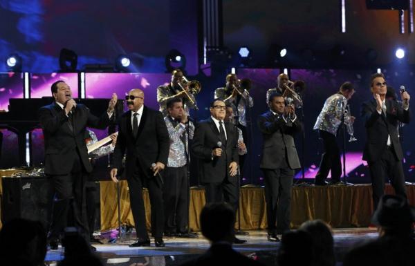 salsa musik hören bühnenauftritt las vegas