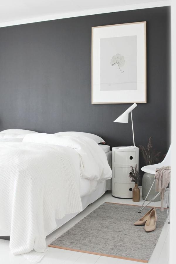schlafzimmer design weiße bettwäsche graue wand