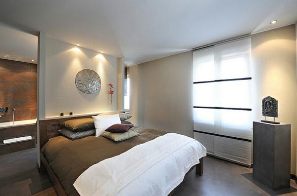 schlafzimmer einrichten asia naturtöne silber deko