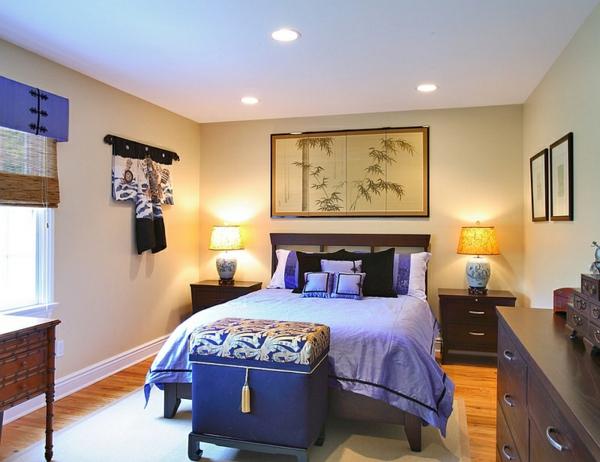 schlafzimmer einrichten asiatisch gepolsterte ottomane kobaltblau