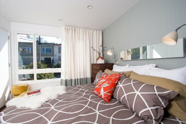 schlafzimmer gestalten rustikaler look lange gardinen