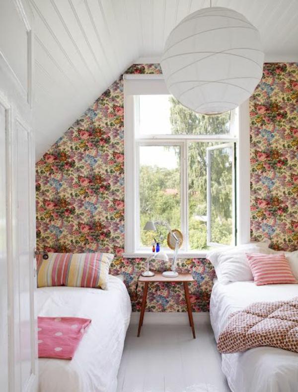 Wundersch?ne Vintage Tapete Rosenmuster : schlafzimmer tapete farbiges muster florale elemente