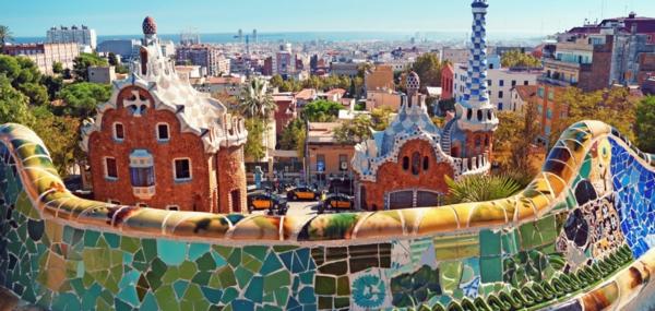 spanienurlaub barcelona gaudi architektur