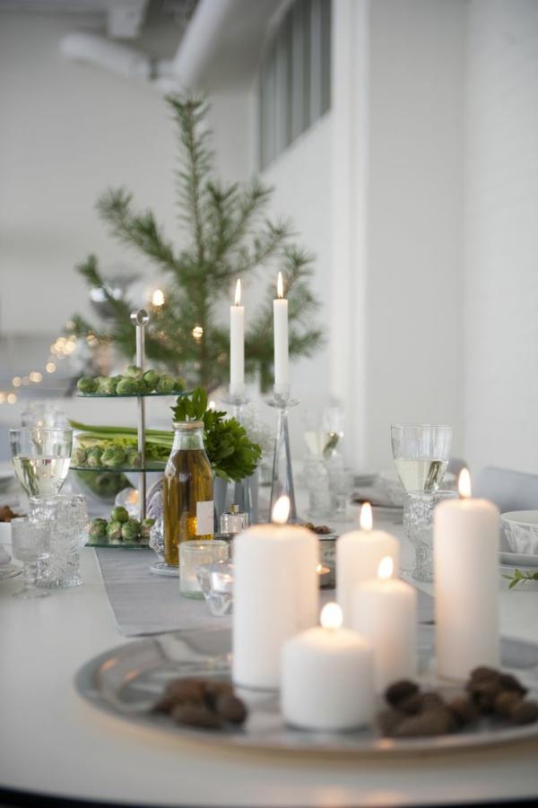 schöne dekoideen weiße kerzen tisch dekorieren