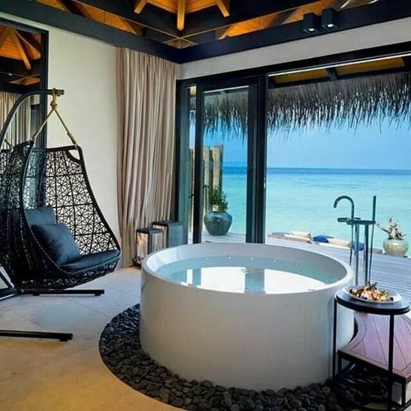 einrichtungsideen in wei traumurlaub auf den malediven. Black Bedroom Furniture Sets. Home Design Ideas