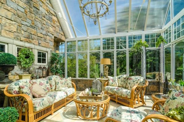 veranda wintergarten gestalten bequeme gartenmöbel wohnwintergarten