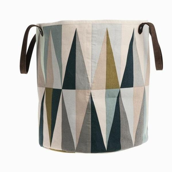 wäschesack aus stoff selber nähen geometrisches muster waschküche einrichten