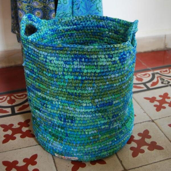 wäschesack gestrickt aufbewahrungsmöglichkeiten waschküche einrichten