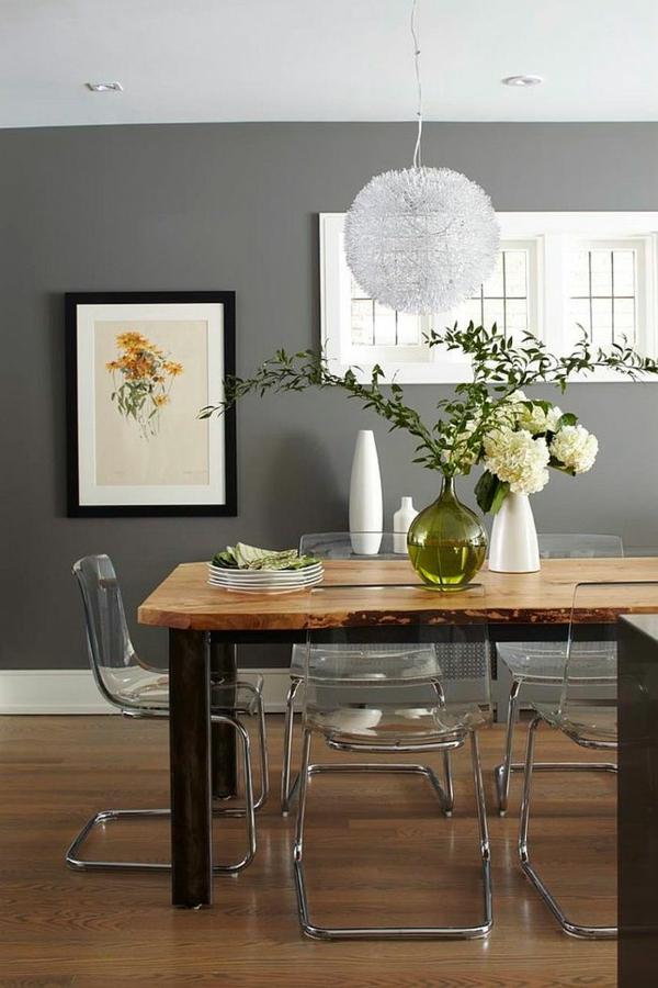 wandfarbe grau durchsichtige stühle robuster esstisch