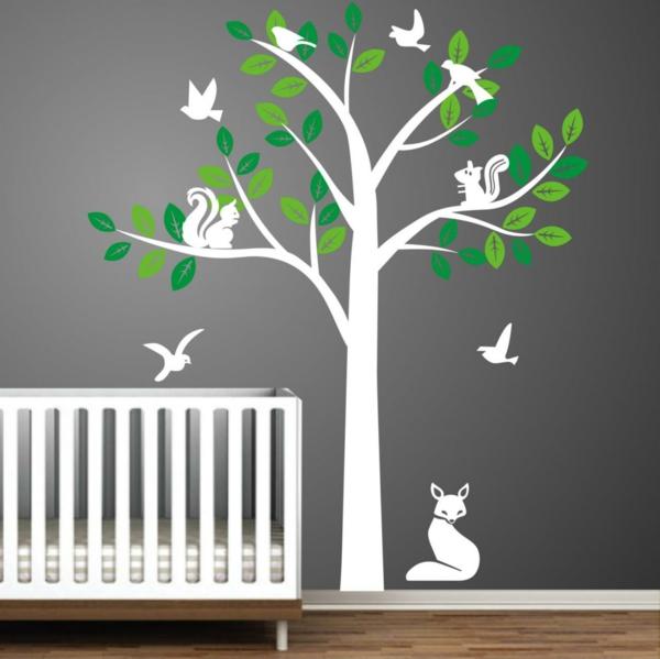 wandsticker babyzimmer graue wand weißer baum