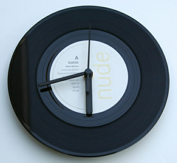 wanduhrdesign schwarze schallplatte