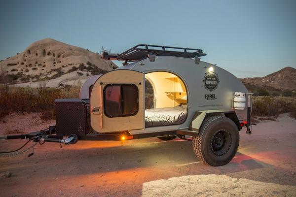 wohnanhänger geländewagen camping