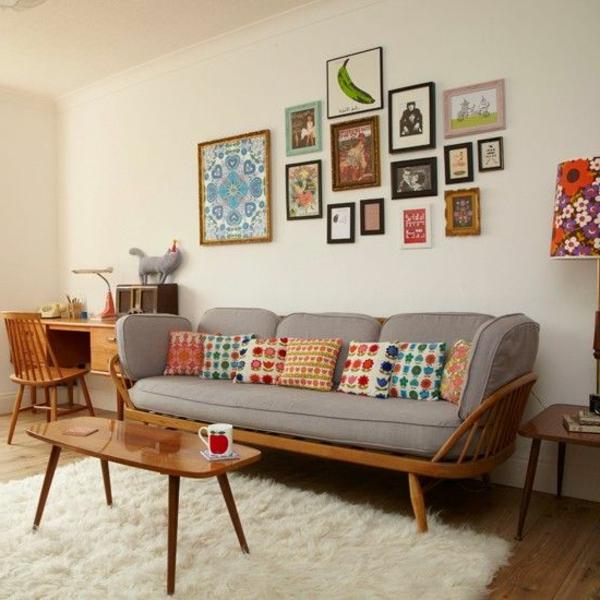 wohnzimmer einrichten weißer teppich farbige dekokissen