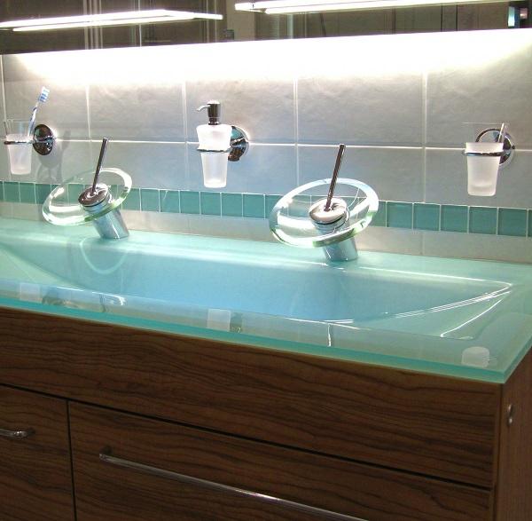 Badmöbel: Doppelwaschtisch als eine schicke und praktische Badidee | {Doppelwaschtisch geschwungen 91}